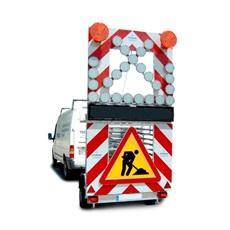 echipamentul rutier cu semnalizare luminoasa prin led-uri