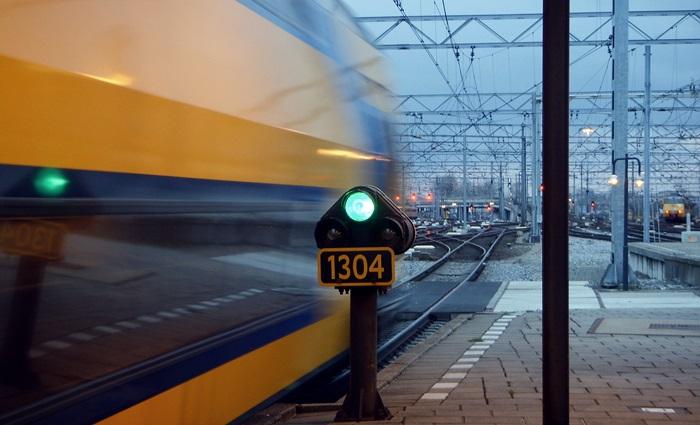 indicatoare-feroviare-luminoase